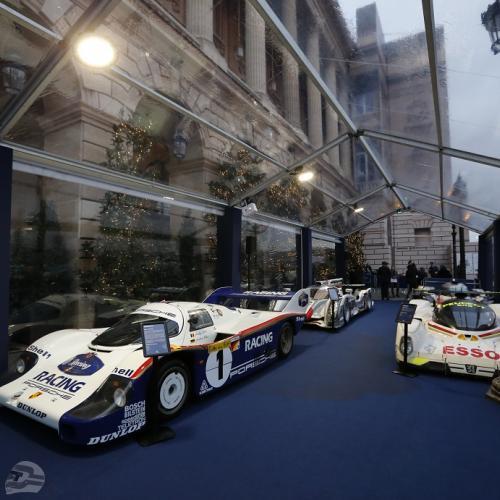 Aufstellung Sportwagen im Foyer | © FIA-Kommunikation, LAT, DPPI, McKlein