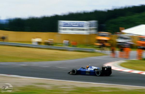Stefan Bellof im F1 Tyrrell | © Axel Pausch, Wettenberg