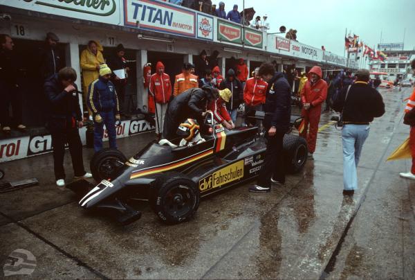 Formel 2: Boxengasse Nürburgring 1982 | © Ferdi Kräling Motorsport-Bild GmbH