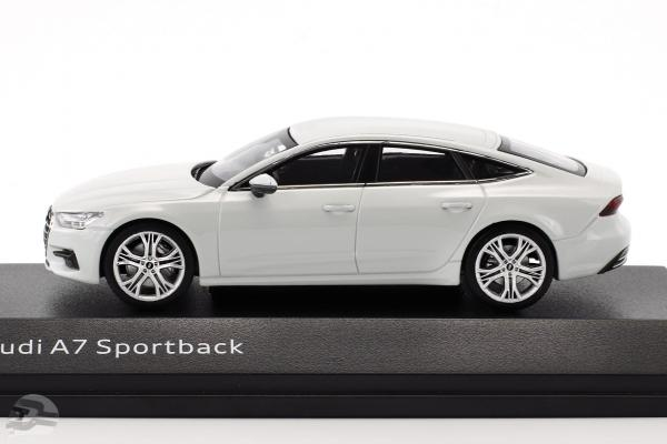Audi A7 Sportback gletscherweiß
