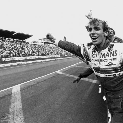 1984 Porsche-Rennfahrer Stefan Bellof beim Rennen in Fuji 1000 km | © Porsche AG
